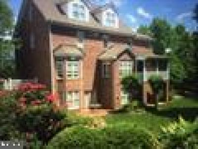 Louisa County Single Family Home For Sale: 108 Bear Island Parkway