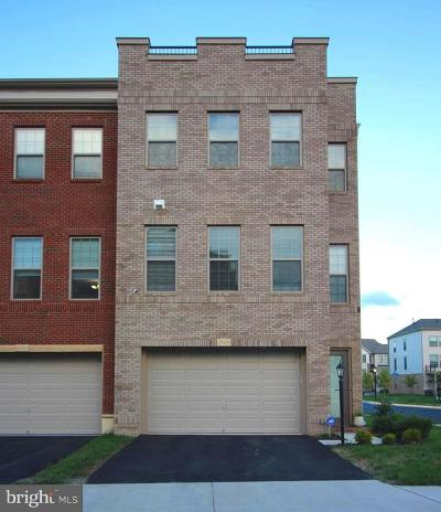 Ashburn Townhouse For Sale: 23426 Adagio Terrace