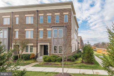 Ashburn Townhouse For Sale: 22798 Goldsborough Terrace