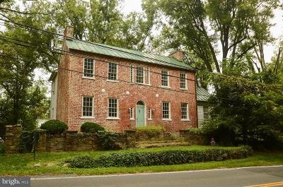 Middleburg Single Family Home For Sale: 408 E Washington Street