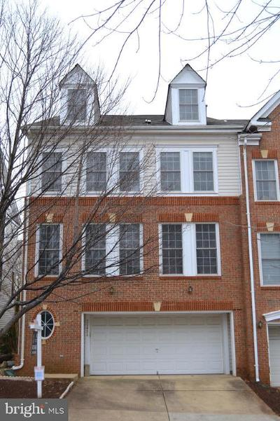 Sterling Townhouse For Sale: 20869 Cosworth Terrace