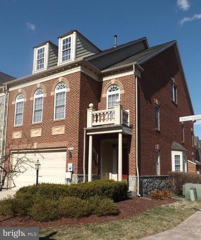 Townhouse For Sale: 18334 Buccaneer Terrace