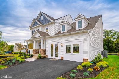 Lovettsville Single Family Home For Sale: 4 Shetland Way
