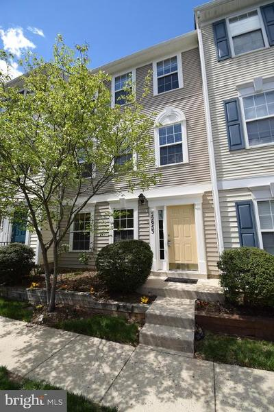Sterling Townhouse For Sale: 22953 Whitehall Terrace