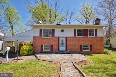 Sterling Single Family Home For Sale: 404 W Maple Avenue
