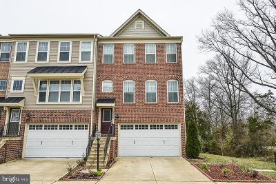 Chantilly Townhouse Under Contract: 25329 Wakestone Park Terrace
