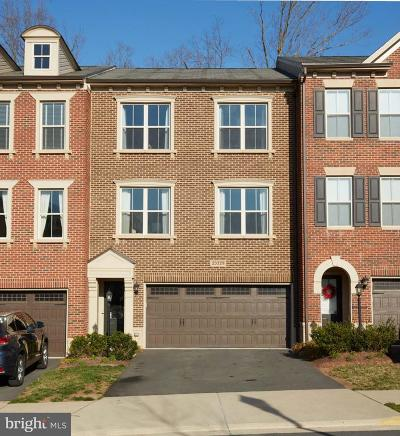 Brambleton Townhouse For Sale: 23329 Tradewind Drive