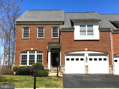 Leesburg Townhouse For Sale: 43580 Merchant Mill Terrace