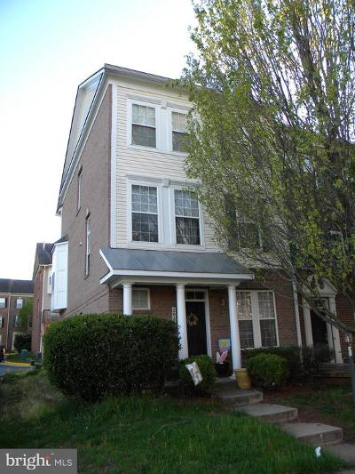 Sterling VA Townhouse For Sale: $395,000