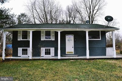 Round Hill Single Family Home For Sale: 10 Hampton Road