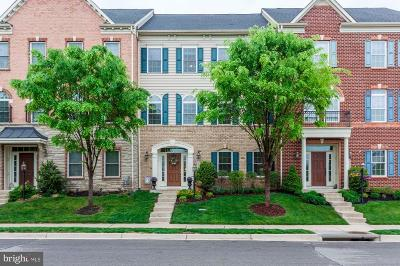 Chantilly Townhouse For Sale: 24960 Castleton Drive