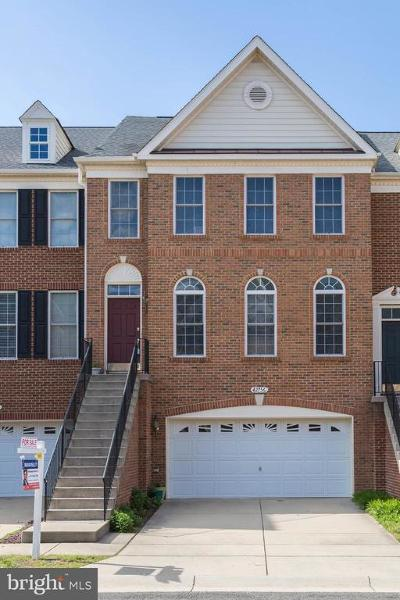 Chantilly Townhouse For Sale: 42756 Locklear Terrace