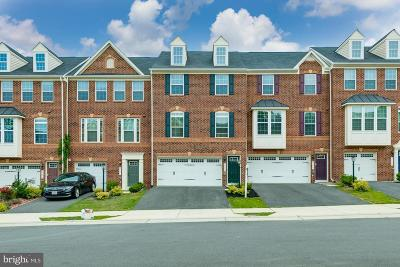 Aldie Townhouse For Sale: 25869 Clairmont Manor Square