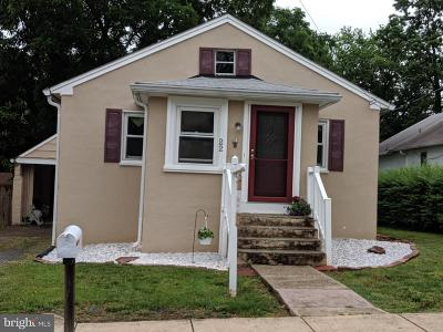 Leesburg Single Family Home For Sale: 22 Pershing Avenue NW