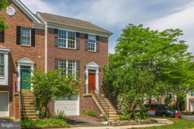 Chantilly Townhouse For Sale: 43657 Scarlet Square