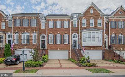 Leesburg Townhouse For Sale: 43809 Bent Creek Terrace
