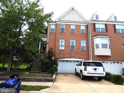 Ashburn Townhouse For Sale: 21371 Sawyer Square