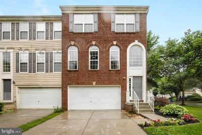 Chantilly Townhouse Under Contract: 42745 Bennett Street