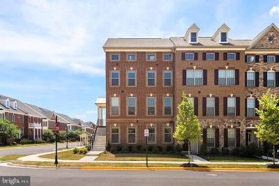 Ashburn Townhouse For Sale: 43183 Deveron Square