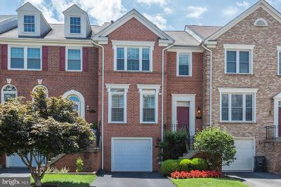 Sterling Townhouse For Sale: 20925 Sandstone Square