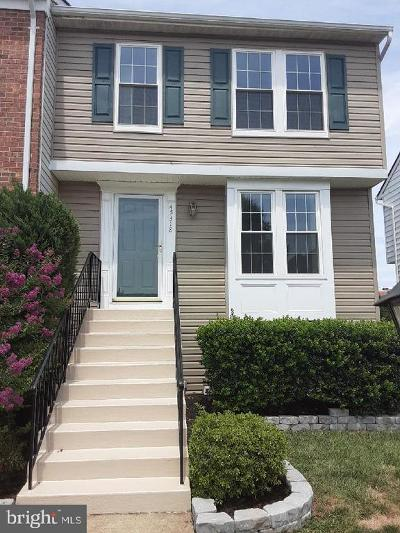 Sterling Townhouse For Sale: 45318 Gable Square