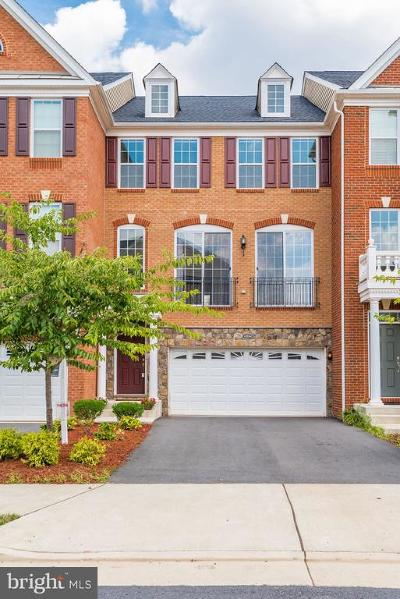 Ashburn Townhouse For Sale: 42864 Edgegrove Heights Terrace