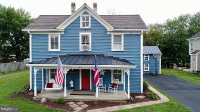 Lovettsville Single Family Home For Sale: 37 S Loudoun Street