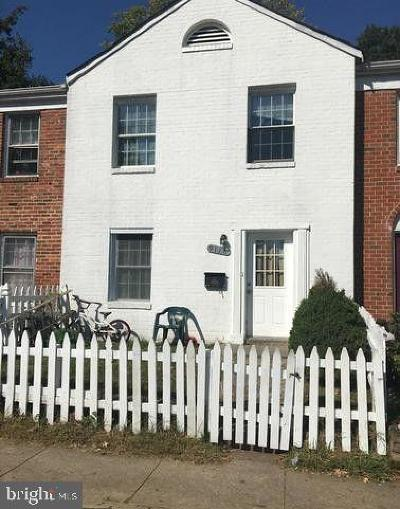 Manassas Townhouse For Sale: 9116 Taney Road