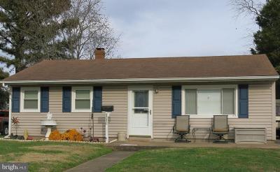 Manassas Park Single Family Home For Sale: 110 Pierce Street