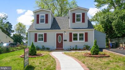Manassas Park Single Family Home For Sale: 123 Polk Drive