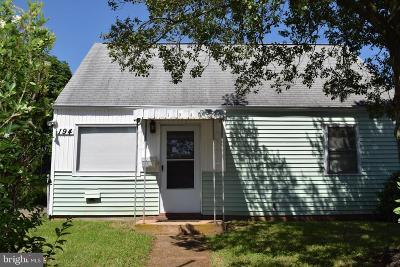 Manassas Park Single Family Home For Sale: 194 Cabbel Drive