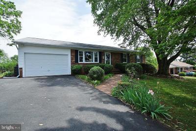Orange Single Family Home For Sale: 208 Boxley Lane