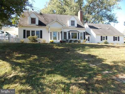 Luray Single Family Home For Sale: 143 Lakewood Road