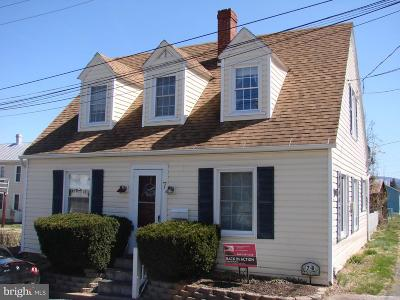 Luray Single Family Home For Sale: 7 Berry Boulevard