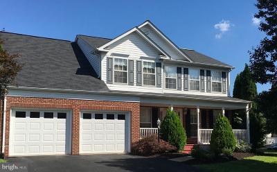 Woodbridge Single Family Home For Sale: 13196 Quade Lane