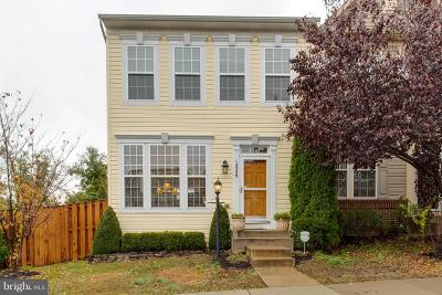 Woodbridge Townhouse For Sale: 15329 Elizabeth Burbage Loop