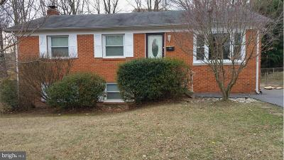 Woodbridge VA Single Family Home For Sale: $299,000