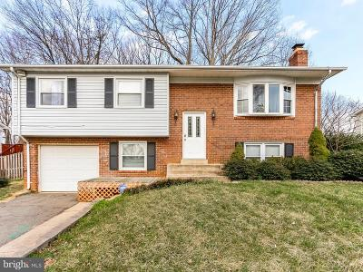 Dale City Single Family Home Active Under Contract: 4736 Kirkdale Drive