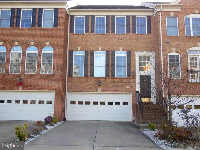 Woodbridge VA Townhouse For Sale: $2,250