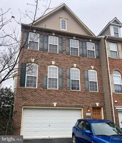 Prince William County Townhouse For Sale: 2206 Armitage Court