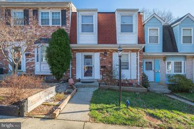 Woodbridge VA Townhouse For Sale: $255,000