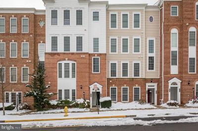 Woodbridge VA Condo For Sale: $374,900