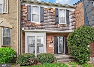 Woodbridge VA Townhouse For Sale: $308,900