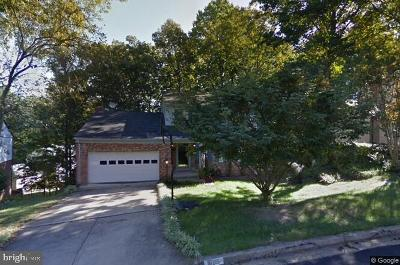 Dumfries Single Family Home For Sale: 16215 Sunny Knoll Drive