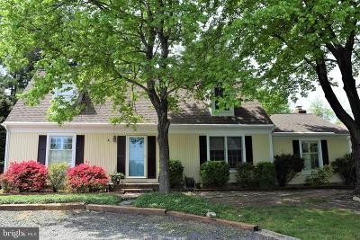 Manassas Single Family Home For Sale: 9550 Birmingham Drive