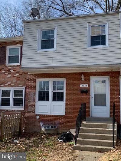 Woodbridge Townhouse For Sale: 14398 Fontaine Court