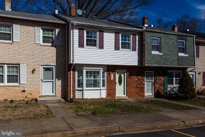 Dale City Townhouse For Sale: 14583 Earlham Court