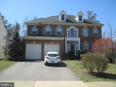 Woodbridge Single Family Home For Sale: 1660 Georges Knoll Court