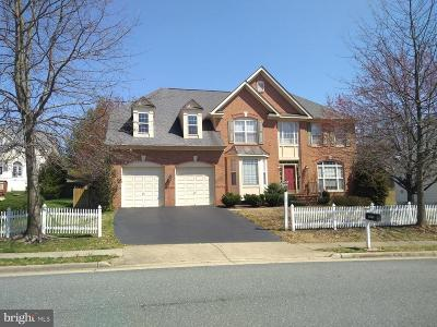 Woodbridge Single Family Home For Sale: 2099 Powells Landing Circle