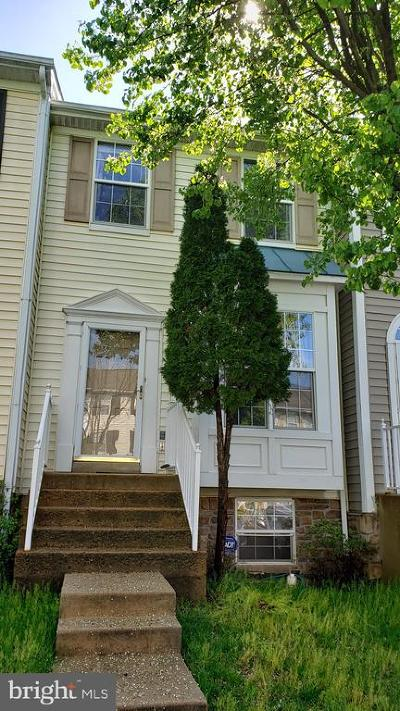Prince William County Townhouse Active Under Contract: 14344 Madrigal Drive